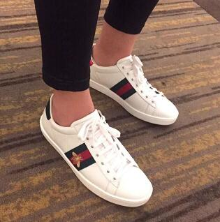 Gucci 古驰女士经典款小蜜蜂女士小白鞋 售价$650