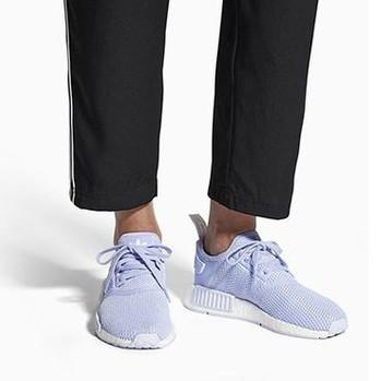 adidas 阿迪达斯 NMD_R1 BOOST 女款运动休闲鞋 325.44元