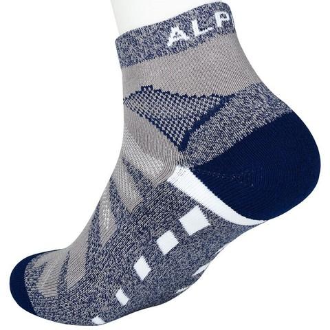 京东PLUS会员: ALPINT MOUNTAIN 630-902 男/女款徒步登山袜 *2件 25.2元(合12.6元/件)