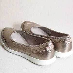 大码福利!ECCO爱步 Sense Light系列 女士一脚蹬休闲鞋 到手¥295.89