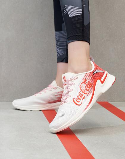 ANTA 安踏 可口可乐联名 122025540 女款休闲鞋 125元包邮